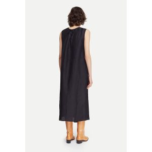 pomandere_tunic-dress-black_2_resort-conceptstore